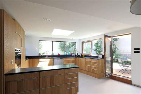 construire une cuisine d été doublement de surface par une extension en bois galerie