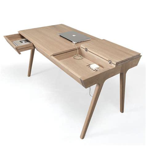 bureau avec tiroirs metis bureau design en bois avec tiroirs et