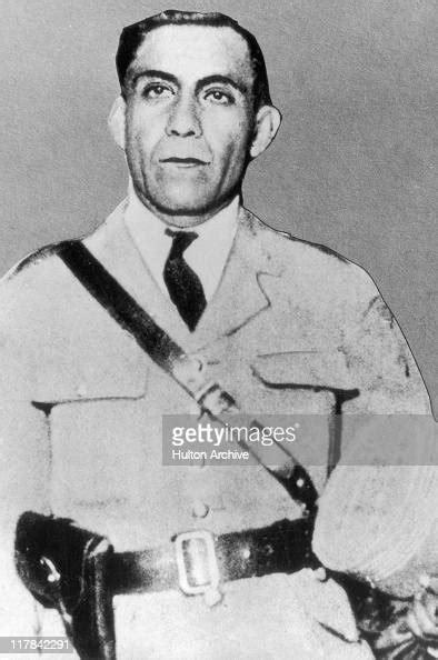 luis miguel sanchez cerro politician  peruvian army