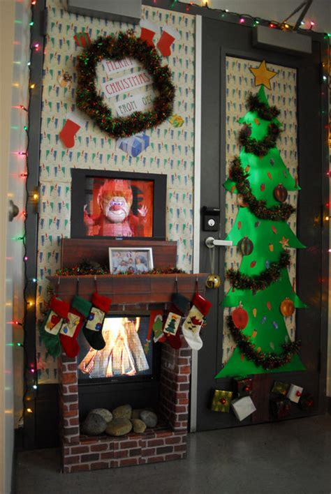 show me christmas decorations for an office 25 fancy door decorating ideas creativefan