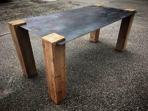 Table Plateau Verre Pied Bois : table design industriel plateau acier pieds bois ~ Melissatoandfro.com Idées de Décoration