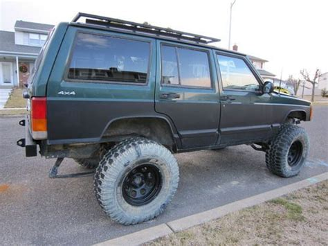 green jeep cherokee lifted sell used 2000 lifted 4x4 jeep cherokee sport 4 door 4 0l