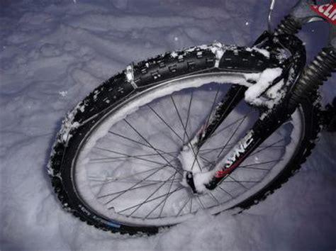 studded tires  ultimate snow bike  bike tire