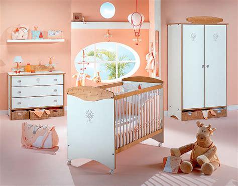 univers chambre bébé chambre pour bébé fille