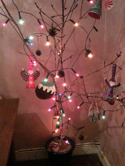 christmas tree decorations  twigs wwwindiepediaorg