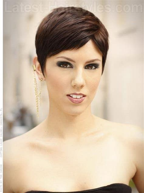 Pixie Hairstyles For Thick Hair by Pixie Haircut For Thick Hair
