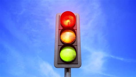reasons stop light colors  red yellow  green