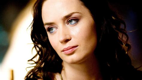 Blunt Images Emily Blunt Hd Wallpapers