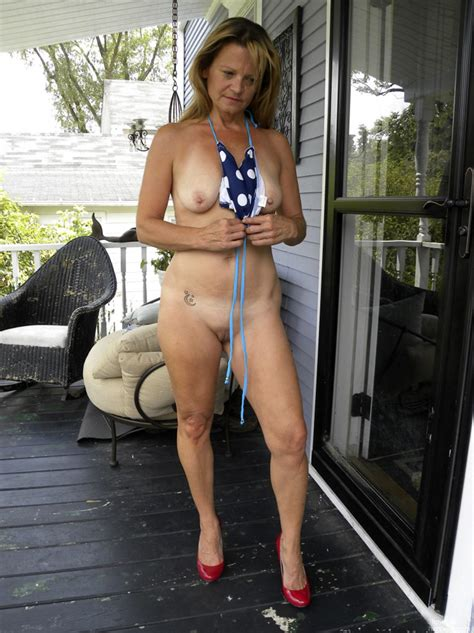 6qq8h1343831436  Porn Pic From Hot American Milf Gilf