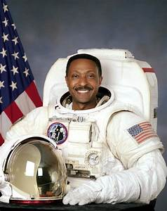 Astronaut Biography: Winston Scott