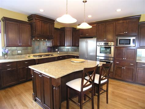 kitchen color schemes with wood cabinets ikea hardwood flooring good color combinations color