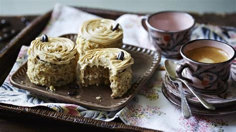 If you're worried about cutting the cakes in half, you can simply sandwich 7 continue layering up with cake and icing so you finish with icing on top and swirl to give an attractive finish. Mini coffee and walnut cakes recipe - BBC Food