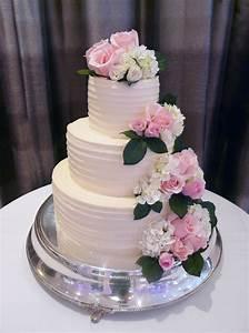 P U00eache Petite U2019s Most Popular Wedding Cake