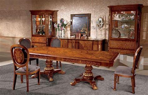 sale da pranzo stile classico tavolo rettangolare in legno intarsiato in stile