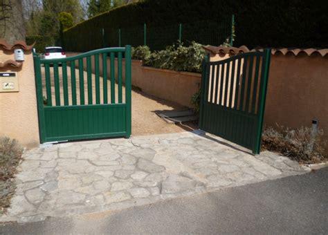 motorisation portail ouverture vers l exterieur portail pivotant aluminium pour particulier valparaiso cetram