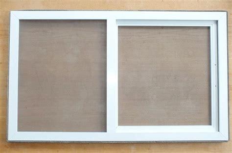 insektenschutz dachfenster schwingfenster insektenschutz mit schieberahmen wohndachfenster dachgauben einbau service reparatur