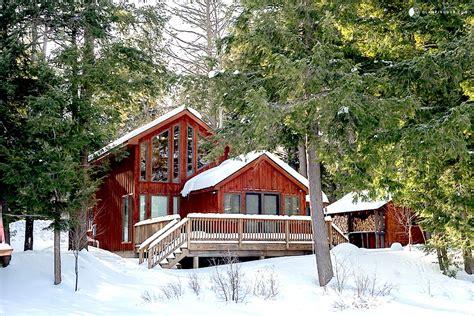 cozy cabins  nyc  rent   winter getaway curbed ny