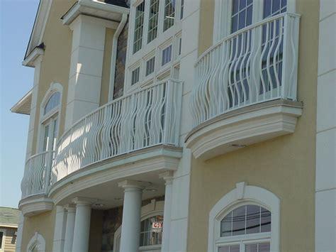 Elegant White Iron Railing Balcony Fence Triple White Wood