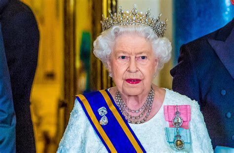 Queen Elizabeth's 'Secret Body Double' Has Been Revealed ...