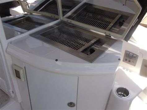 Boat Cockpit Grill by Regal 4460 Commodore For Sale Daily Boats Buy Review