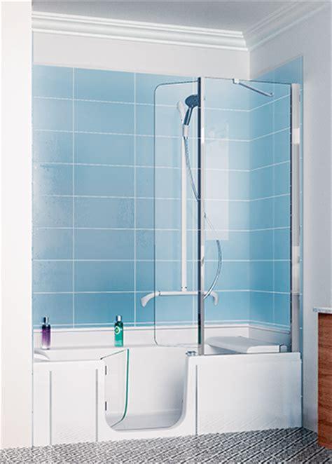 Raumsparwanne Mit Dusche by Badewanne Und Dusche In Einem Kinedo Duschl 246 Sungen