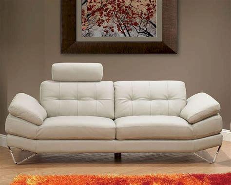 European Design Italian Leather Sofa In Light Warm Grey