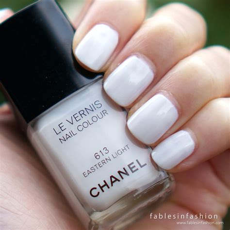 chanel eastern light nail polish chanel le vernis 613 eastern light review swatches and
