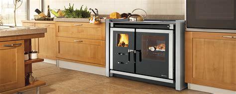 ventilation cuisine gaz la cuisinière à bois pour cuisiner et chauffer votre pièce