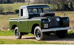 1958 - 1971 Land Rover Series Ii - Suvs Become Collectibles