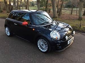 Danielle Has Chosen This 2007    57 Mini Cooper In Black