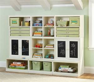 Living room storage ideas dgmagnetscom for Organizing living room family picture ideas