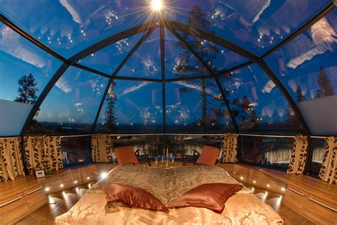 Glass Igloo Hotel In Finland Designed For Watching The