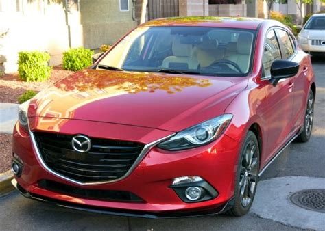 2016 mazda 3 a sporty family car