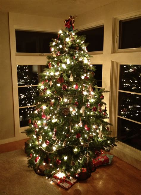 xmas tree decorating ideas with beautiful large natural
