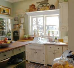 Period Homes And Interiors Magazine 1890 Cottage Style Kitchen Traditional Cincinnati By The Workshops Of David T Smith