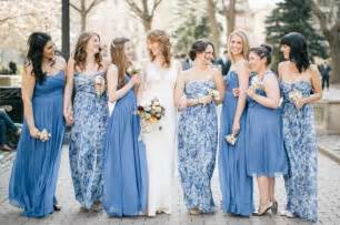 printed bridesmaid dresses 10 times floral print bridesmaids totally rocked the look