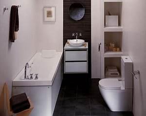 Une Petite Salle De Bain Avec Baignoire Porcelanosa