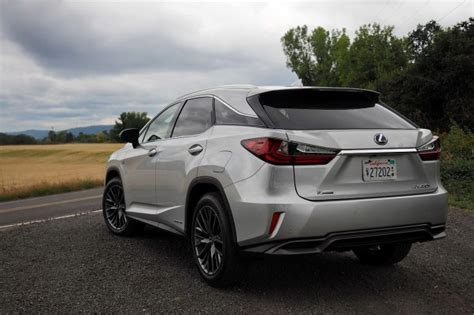 lexus hybrid 2016 2016 lexus rx 350 and 450h first look more style space