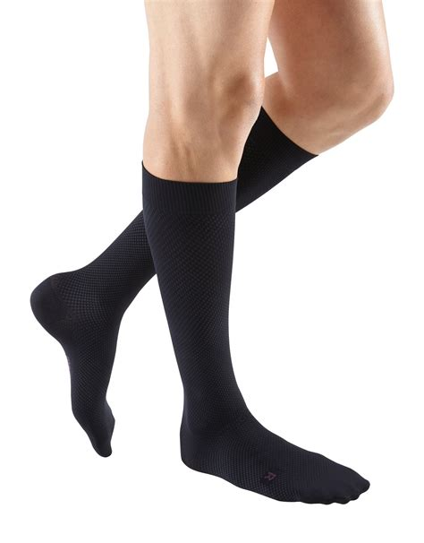 Amazon.com: mediven for Men Classic, 20-30 mmHg, Calf High
