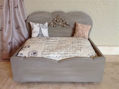 french provincial designer wood dog bed tres magnifique