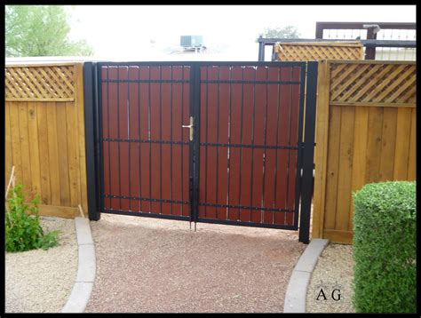 Fence - Gate : Secure Your Property With A Driveway Or Entrance Gate