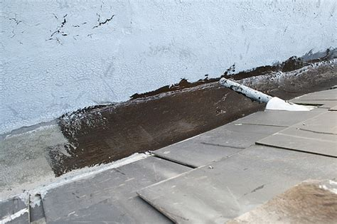 Dachdeckercom  Bitumen Entfernen Ist Eine Herausforderung