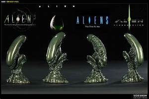 Alien Bust Set Scaled Replica