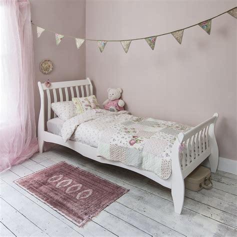 astrid single sleigh bed  white noa nani