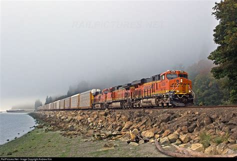 RailPictures.Net Photo: BNSF 8258 Burlington Northern ...