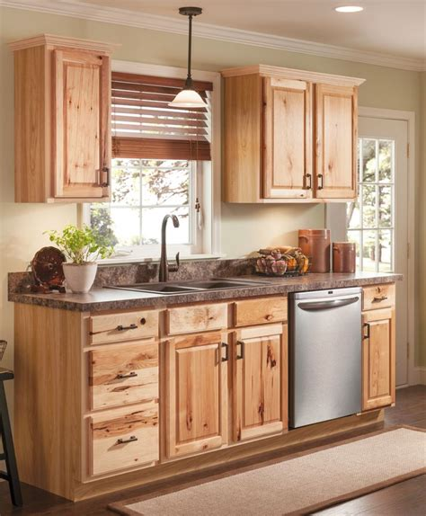what to look for in kitchen cabinets beautiful hickory cabinets for a natural looking kitchen