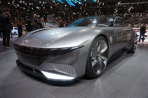 Hyundai Le Fil Rouge Concept Signals Brand's Future
