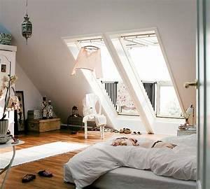 Dachschragen gestalten so richtet ihr euer schlafzimmer for Schlafzimmer mit dachschrägen gestalten
