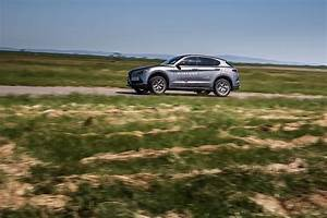 Alfa Romeo Stelvio Versions : alfa romeo recalls stelvio and giulia over brake fluid contamination autoevolution ~ Medecine-chirurgie-esthetiques.com Avis de Voitures