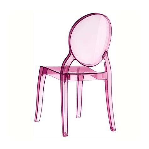 chaise plexi rose table de lit a roulettes